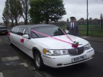 wedding cars Middlesbrough, chauffeur driven limo hire, wedding car hire Middlesbrough