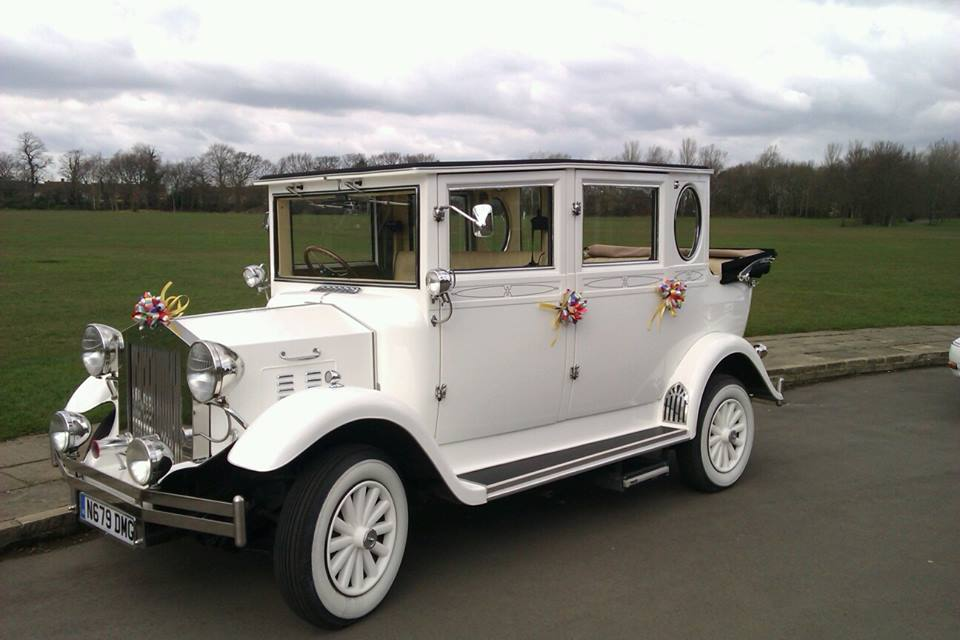 Vintage wedding cars Middlesbrough, wedding car hire Darlington, wedding car hire Stockton, wedding car hire Redcar, wedding car hire Guisborough, wedding car hire Stokesley, wedding car hire Whitby, wedding car hire Durham, wedding car hire Hartlepool, wedding cars, best prices